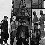 Alexander Deyneka - 1924 before going into mine. Fig. to train. In press.