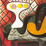 Pablo Picasso (1881-1973) Period of creation: 1931-1942 - 1932 Compotier et mandoline [guitare]