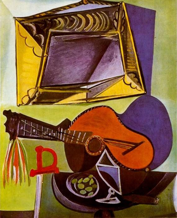 1942 Nature morte Е la guitare. Pablo Picasso (1881-1973) Period of creation: 1931-1942