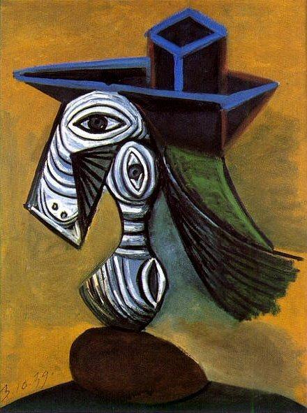 1939 Femme au chapeau bleu. Pablo Picasso (1881-1973) Period of creation: 1931-1942