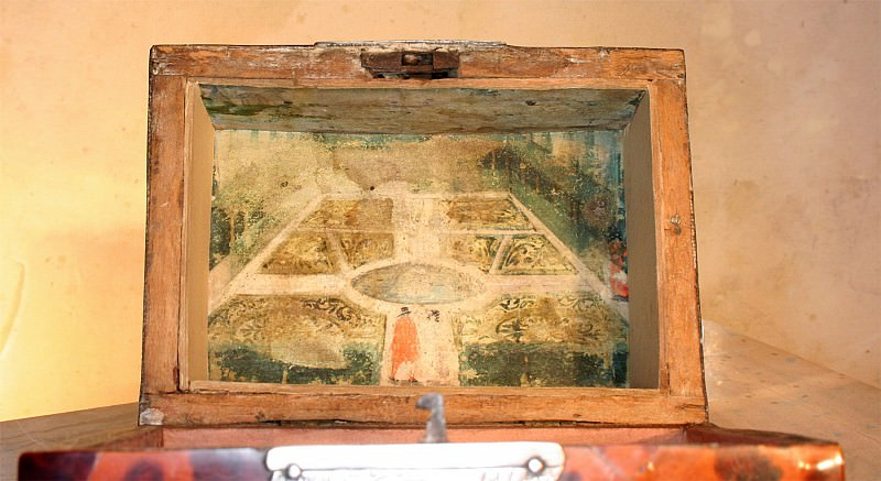 Antwerp tortoiseschell box 89779 683. Европейская живопись; часть 1