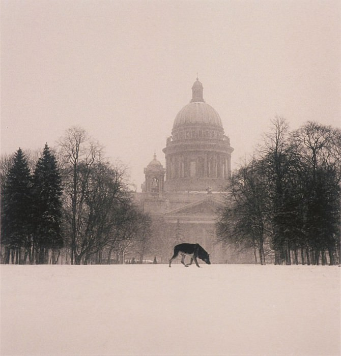 Michael Kenna Cold Dog on Decembrist Square St Petersburg Russia 1999 40645 184. часть 4 -- European art Европейская живопись