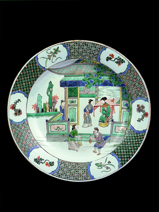 Important Famille verte porcelain dish with court figures in a pavilion 36782 1950. часть 3 -- European art Европейская живопись