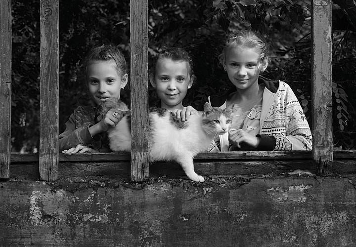Фотовыставка Игоря Андреева  «Лиза уехала к бабушке»