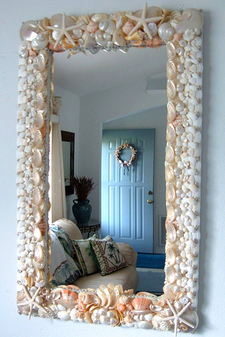 How to decorate a large mirror?