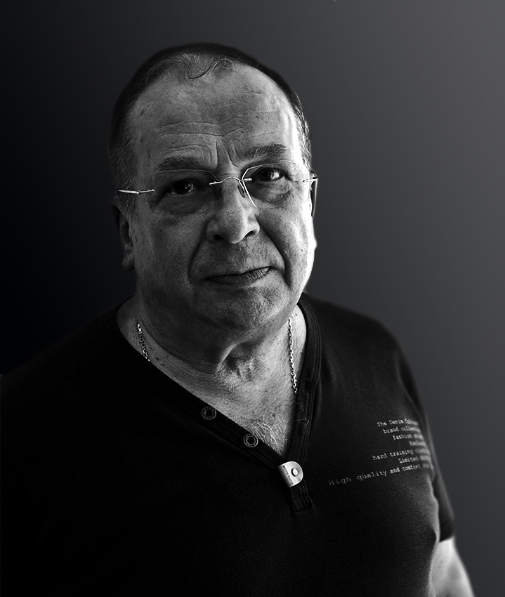 Игорь Дрёмин: «В рамках чёрного квадрата». Фотовыставка Бориса Сысоева