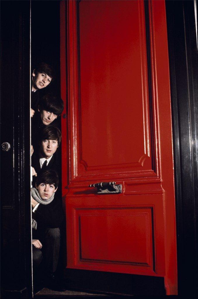 Жан-Мари Перье. Битлз. Красная дверь. Лондон, март 1964