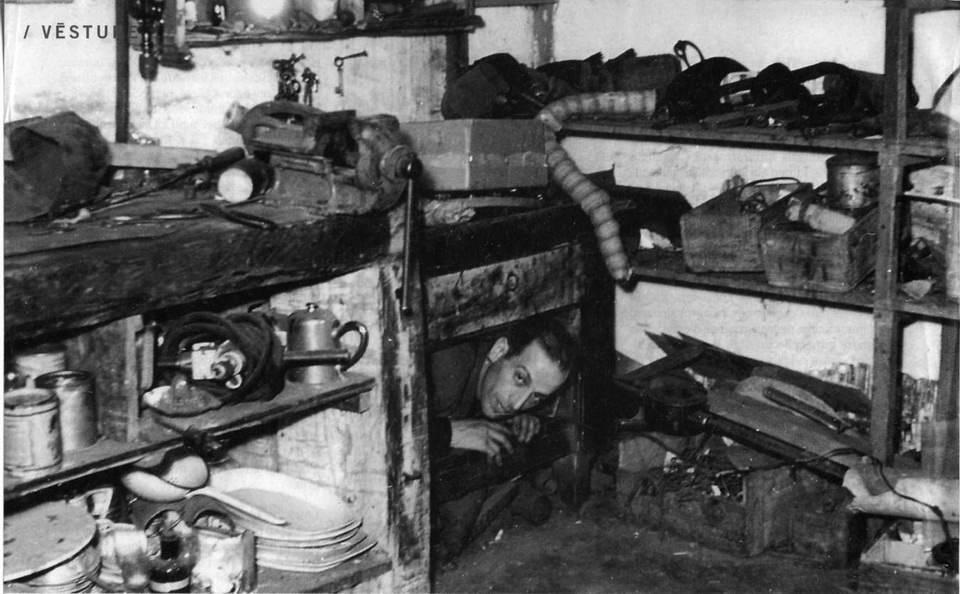 В убежище у Роберта и Йоханны Седулса. 1944 год. Лиепае.