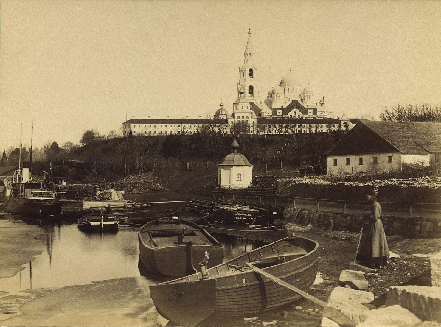 Общий вид Валаамской обители, 1890-е годы. Из коллекции Константина Бенедиктова