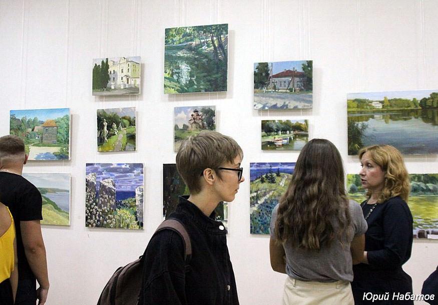 """An open-air exhibition of the participants of the Festival """"Khvalynsky Etudes K.S. Petrov-Vodkin-2019"""""""