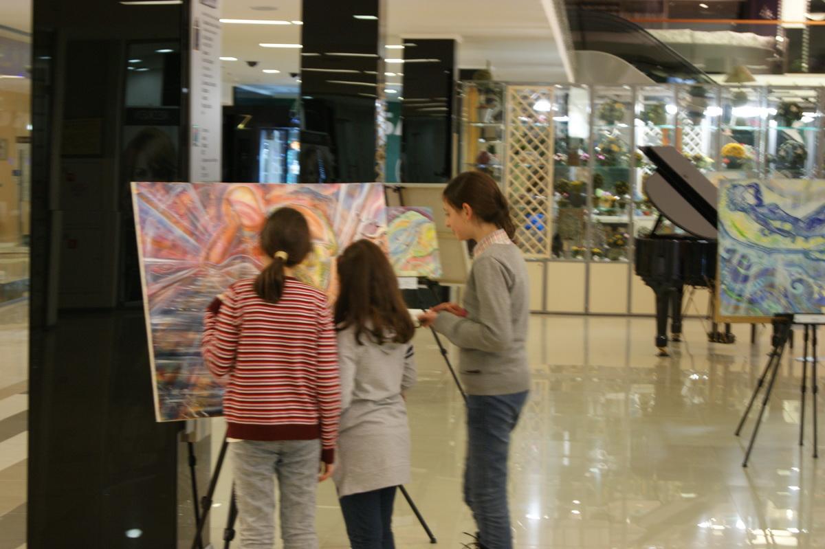 Персональная выставка Влами (Федоровой Татьяны) «Живопись Любви»