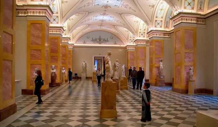 Скульптуры в Государственном Эрмитаже